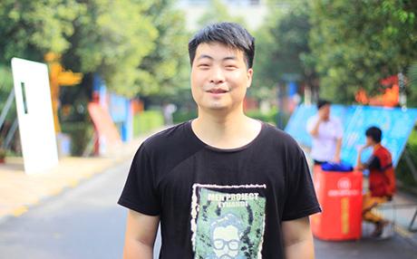 郑州万通汽车学校_李鹏飞